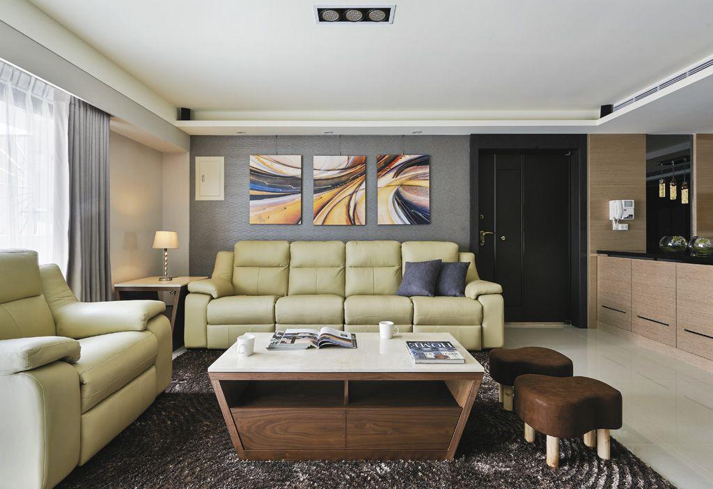 现代都市风客厅 沙发照片墙设计