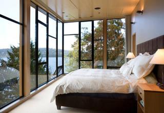 时尚现代卧室景观窗设计