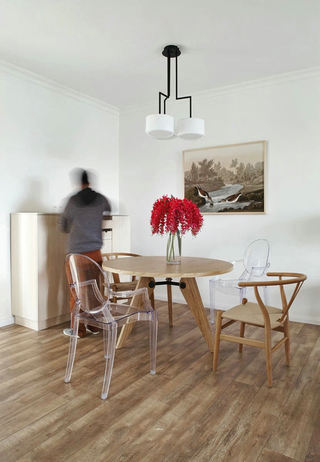 日式风格实木餐厅案例图