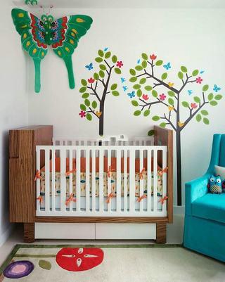 田园风格儿童房手绘墙设计
