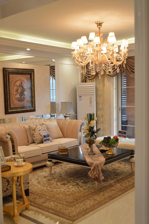 精致浪漫欧式客厅吊灯效果图