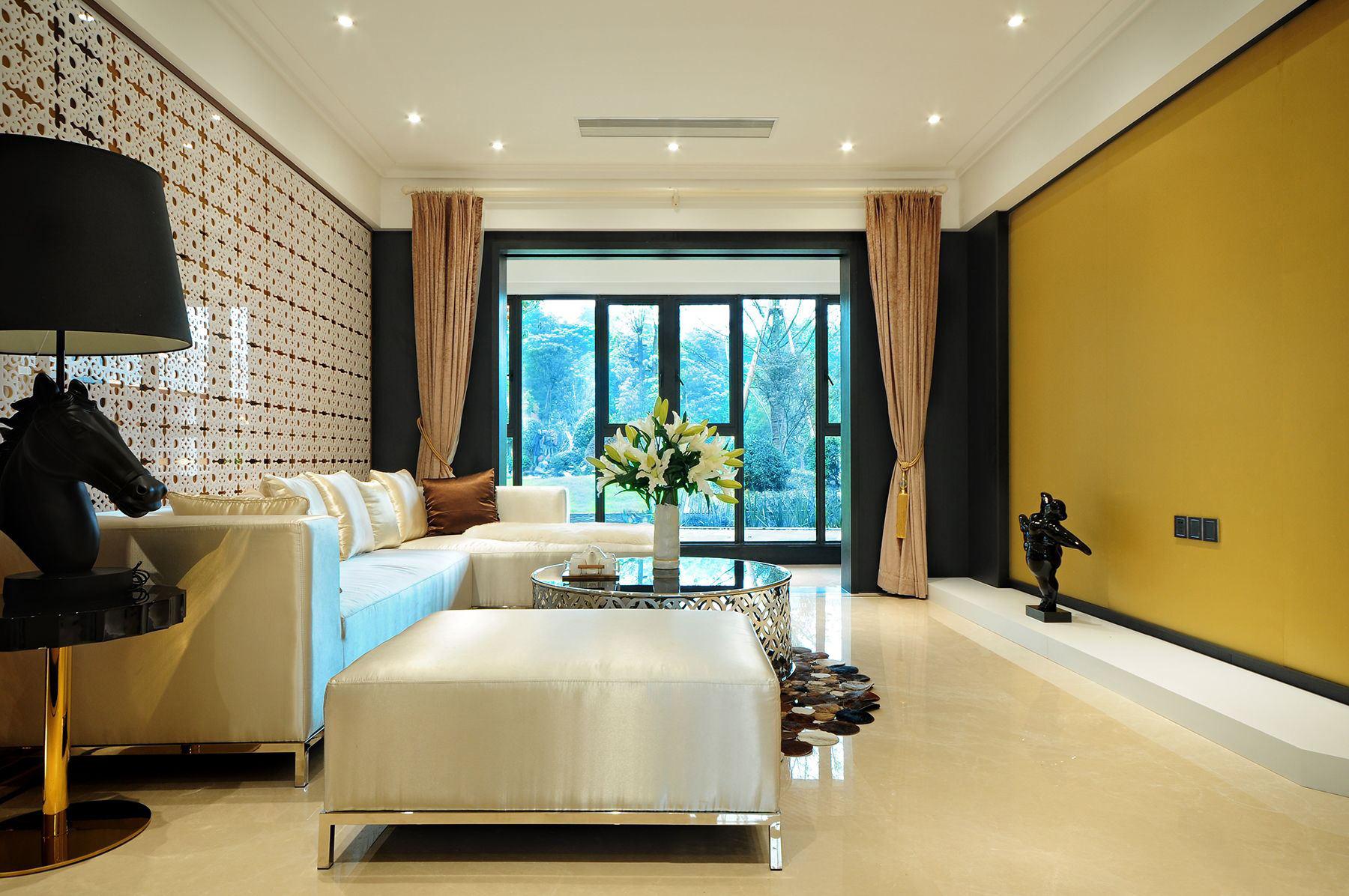 东南亚风格客厅装潢效果图