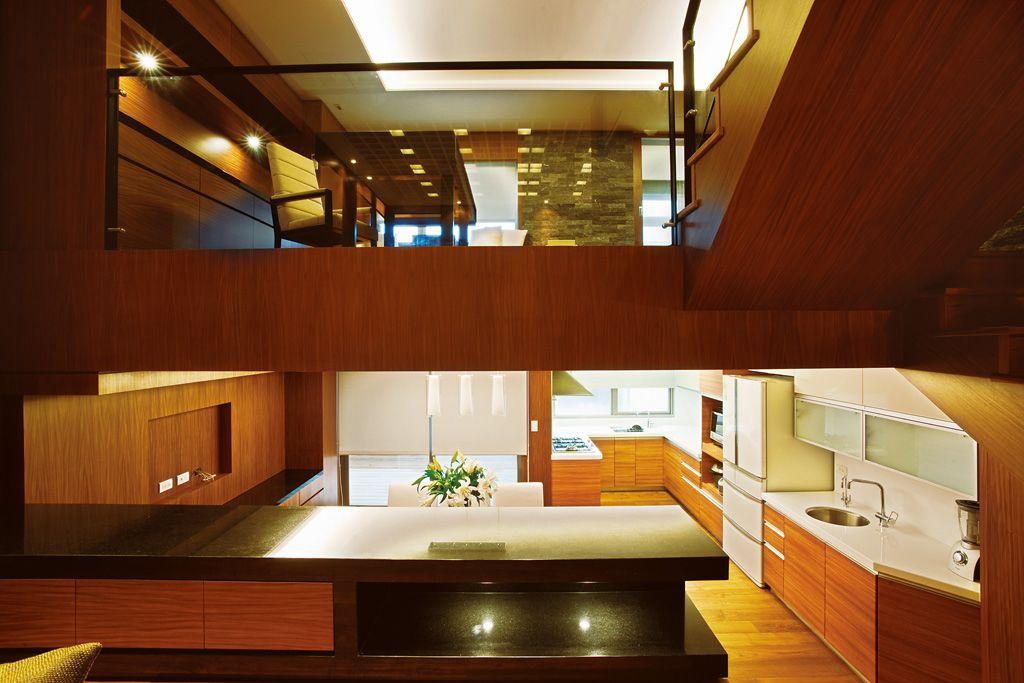 高端休闲美式跃层家居设计