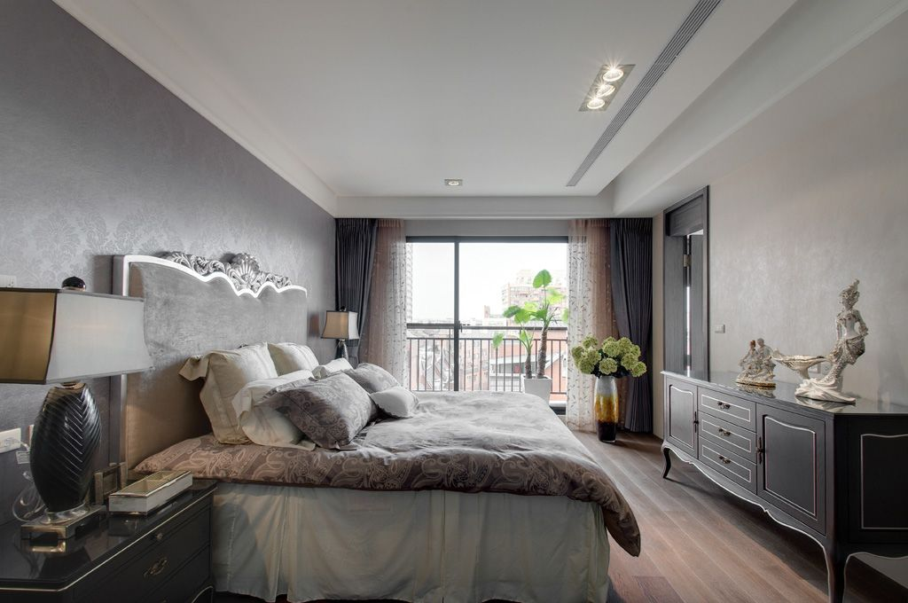 简欧风格卧室石膏吊顶设计