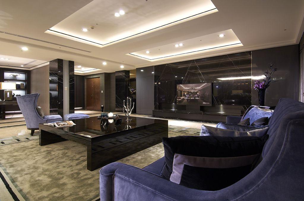 摩登现代客厅 黑色电视背景墙装潢图