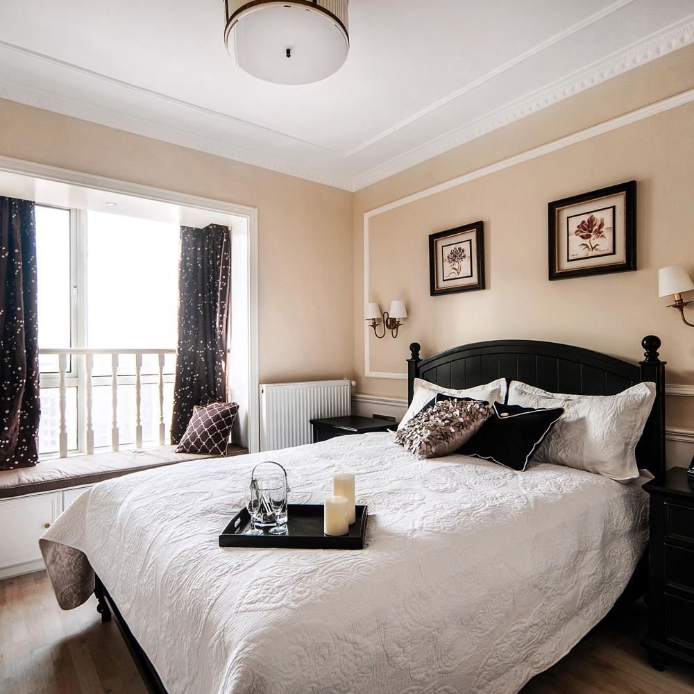 欧式风格卧室飘窗窗帘装饰图