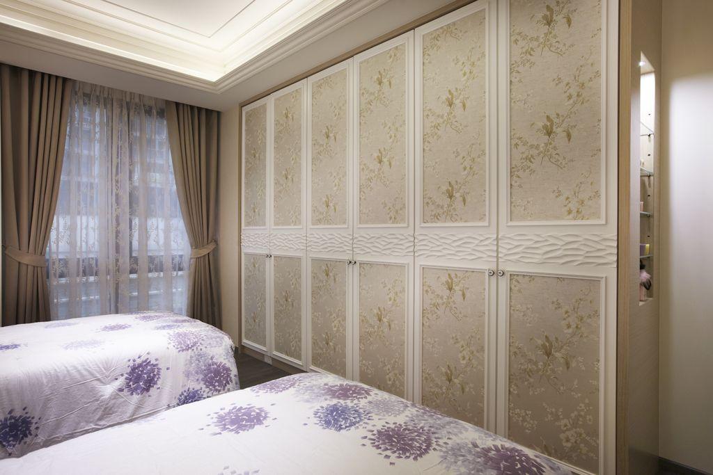 新古典卧室印花衣柜门设计