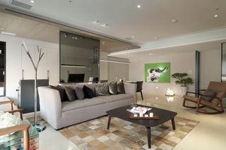 现代混搭风客厅 沙发背景玻璃隔断设计