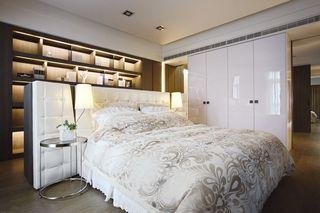 时尚现代卧室衣柜效果图