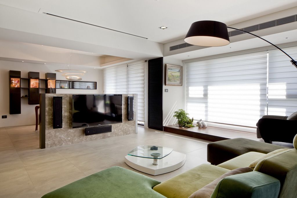 现代简约公寓客厅隔断设计