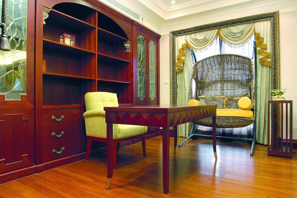 新古典书房红木书桌柜设计