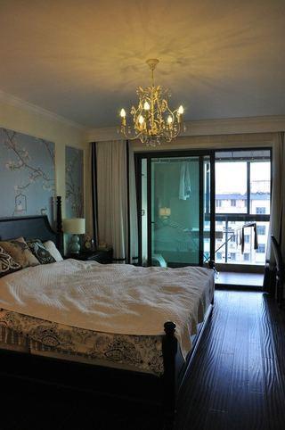 精美北欧风情卧室 水晶吊灯设计