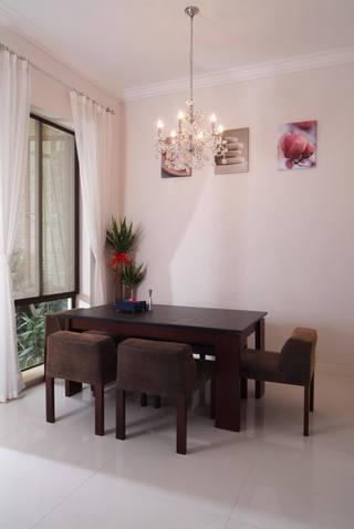 优雅美式餐厅照片墙效果图