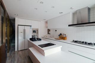 简约风厨房 白色橱柜效果图