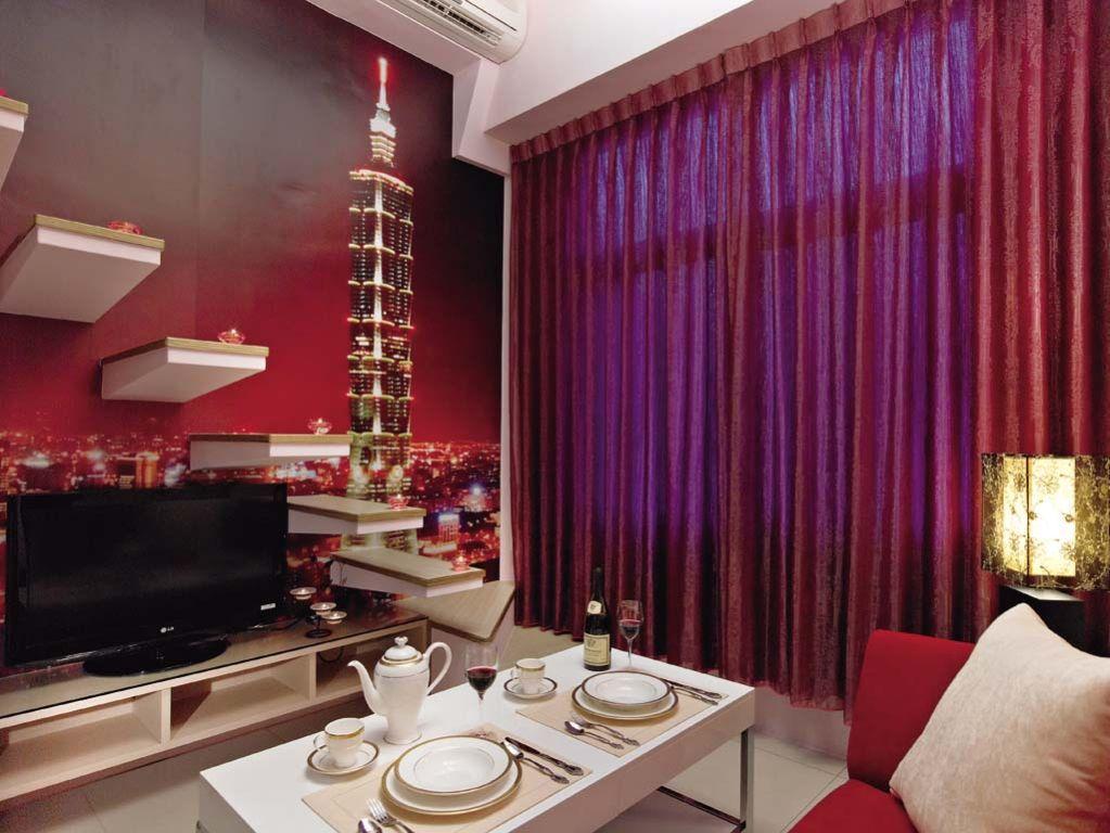 优雅现代家居紫色窗帘装饰图