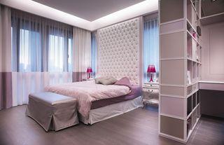 现代家装卧室床头软包设计