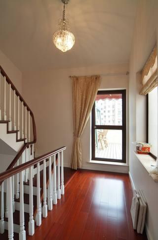休闲美式家居 复式楼梯过道效果图