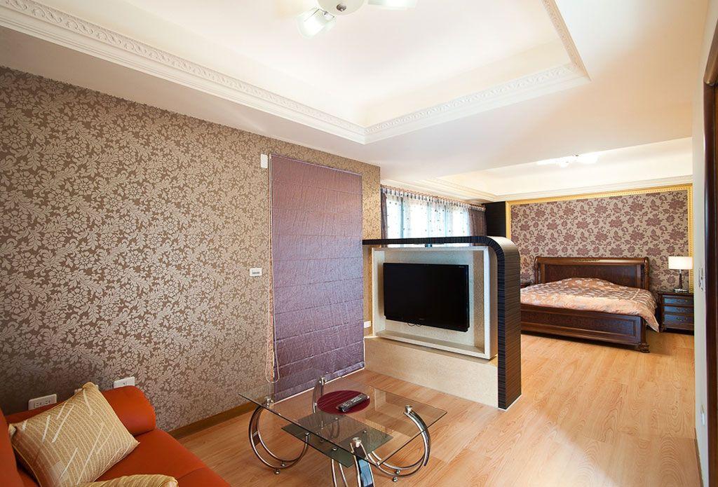 新古典风情大卧室 电视半隔断设计
