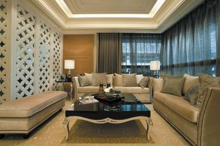 低奢新古典客厅软装装饰图