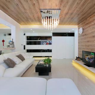 自然简约风格 客厅木质吊顶效果图