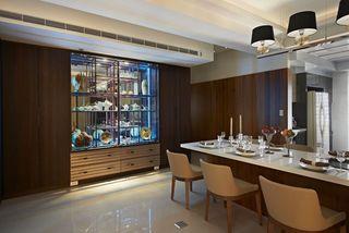 时尚现代餐厅陈列柜设计