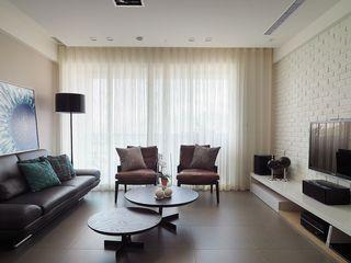 现代简约设计客厅窗帘装饰图