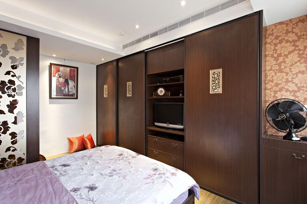 古典中式卧室咖色系衣柜效果图
