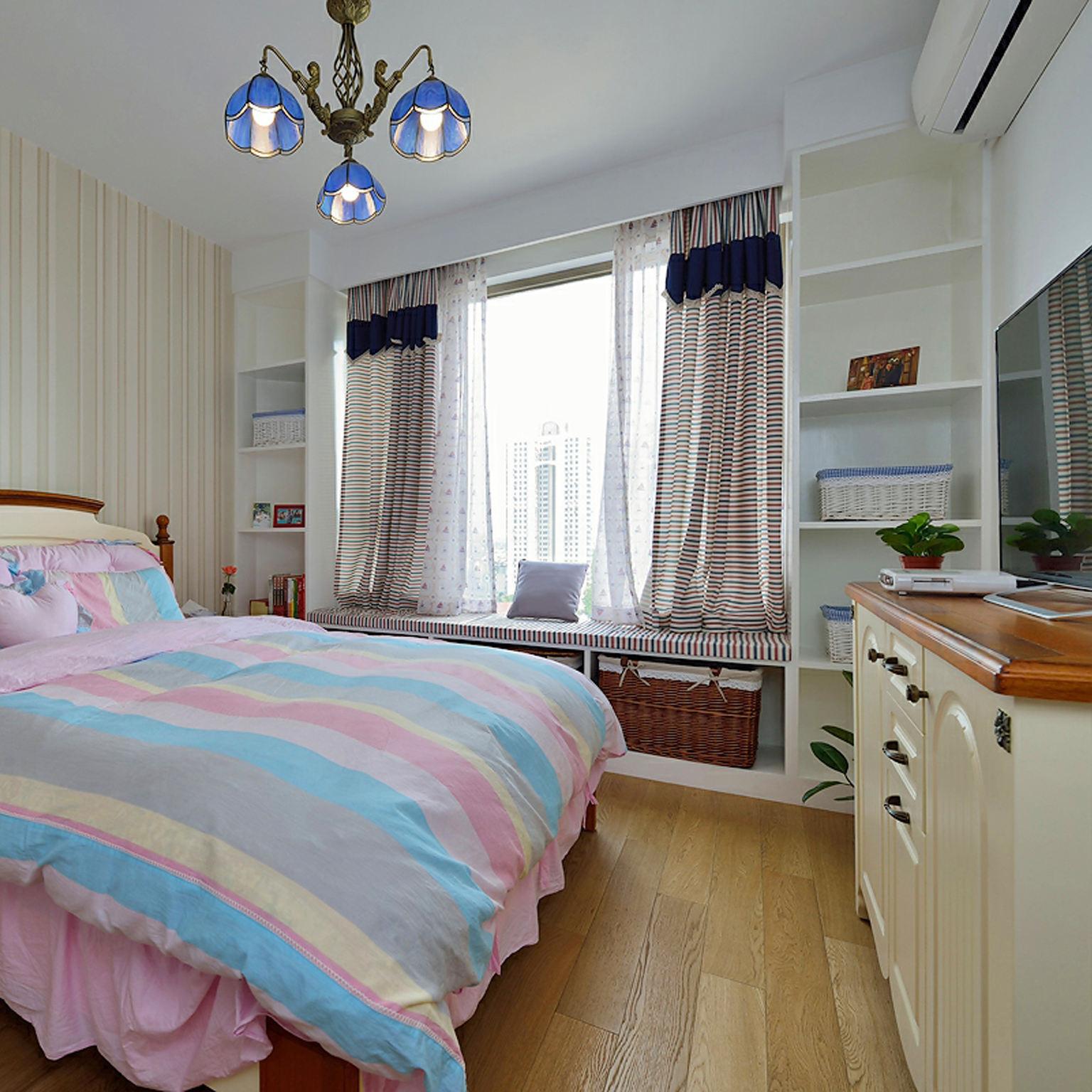 地中海风格卧室吊灯装饰
