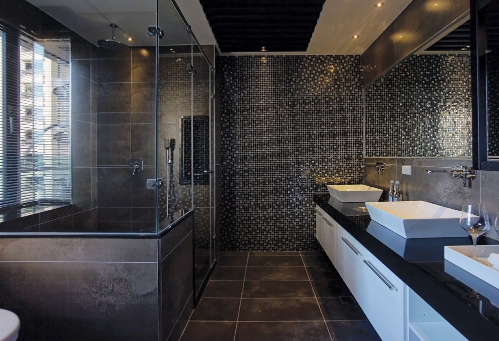 摩登黑色混搭风马赛克卫生间设计