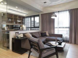 暗色调现代42平单身公寓设计