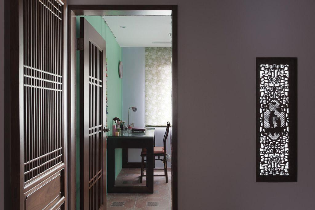精美中式书房镂空花窗效果图