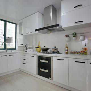 現代簡約風廚房 白色櫥柜效果圖