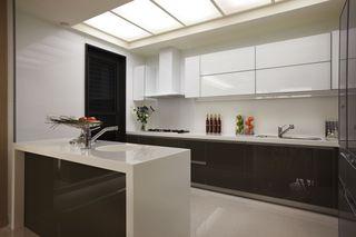 新古典风格厨房橱柜装饰图