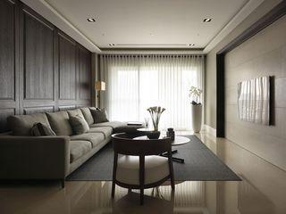 现代简约客厅窗帘装饰图
