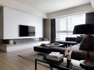 现代时尚客厅 纯白电视背景墙效果图