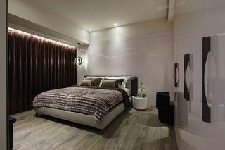 时尚现代家居卧室窗帘装饰图