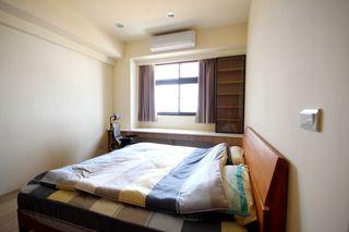 素雅现代卧室窗帘设计