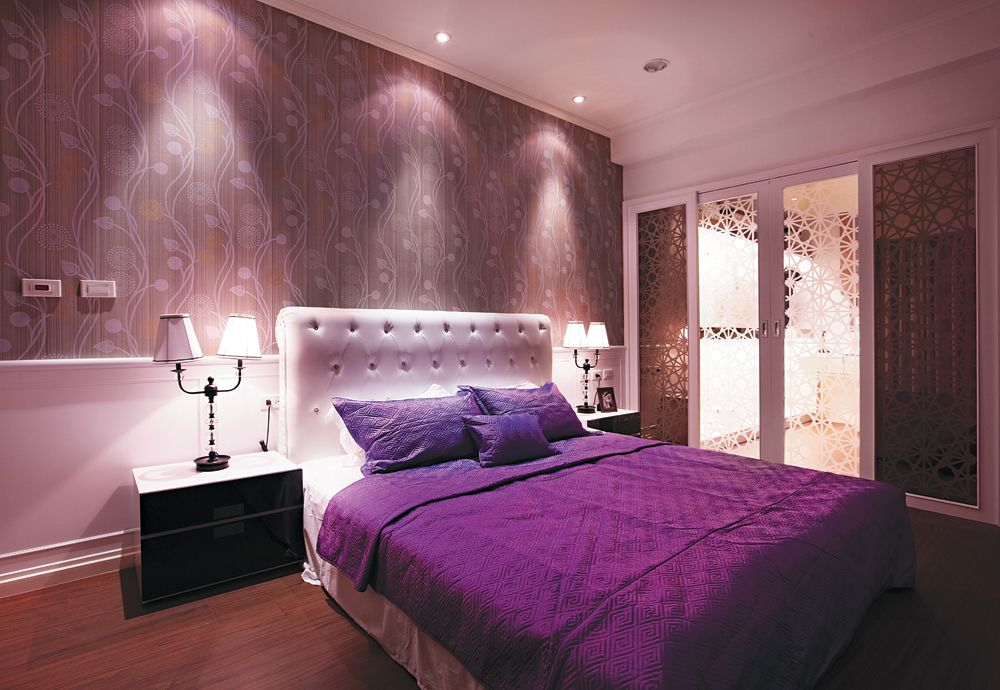 浪漫紫现代风卧室效果图