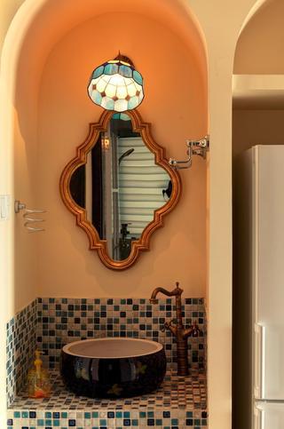 混搭风格洗手台瓷砖效果图