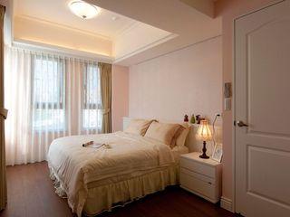 优雅粉色系宜家风卧室效果图