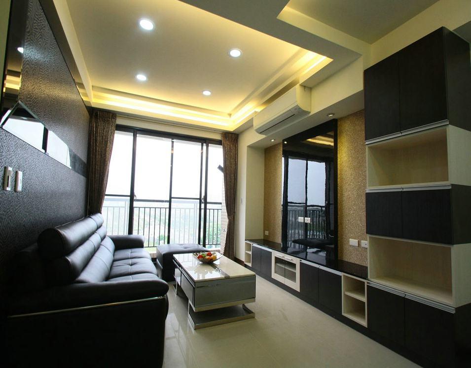摩登黑色现代客厅装修图