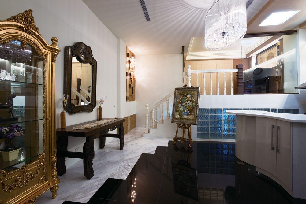 复古欧式混搭公寓 艺术家居效果图