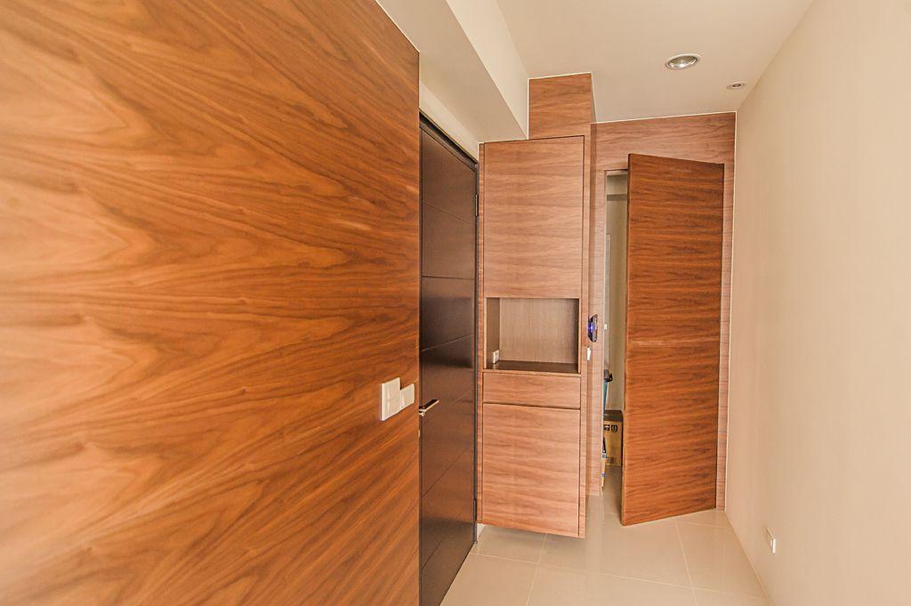 美式风格 进门玄关实木柜子设计