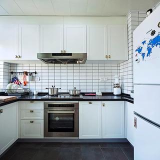 现代风格厨房橱柜装饰图