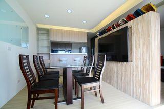 实木现代餐厅案例欣赏