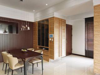 实木现代家居餐厅装饰案例图