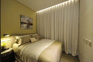 现代风卧室 简约窗帘效果图