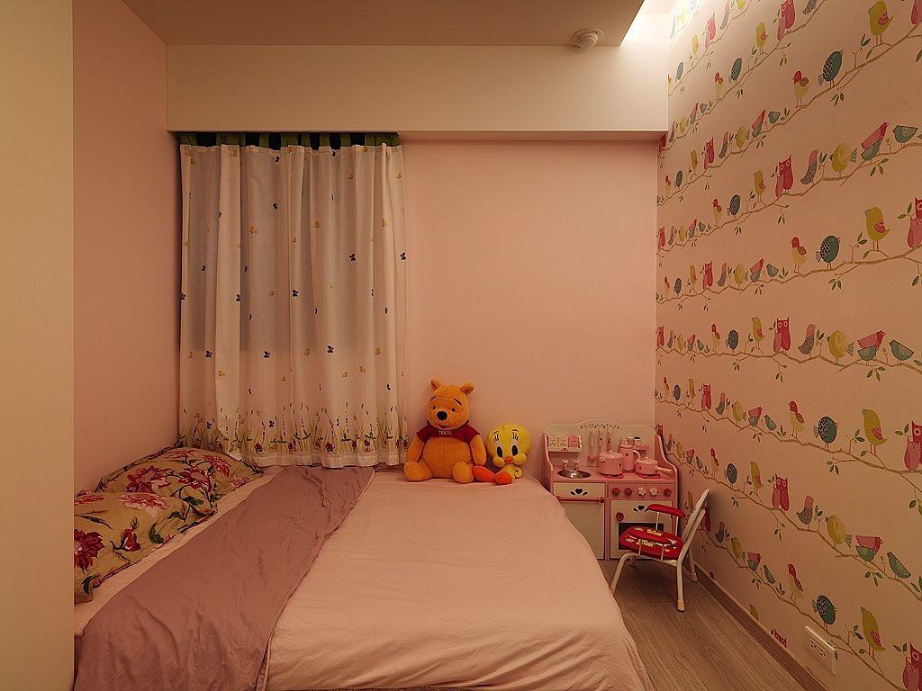 甜美可爱简约北欧风儿童房设计