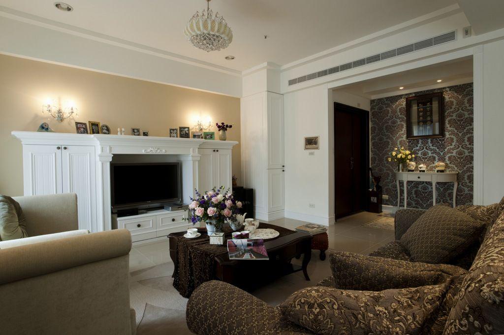 精致美式客厅 白色电视柜效果图