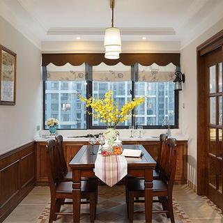 美式乡村风餐厅四人桌设计